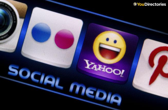 YouDirectories-Yahoo!-partners-with-Yelp-Socialmedia